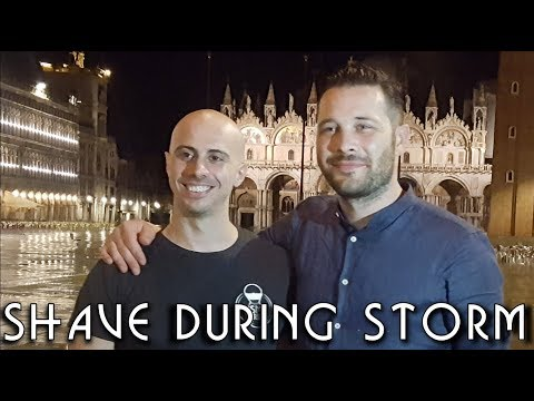 💈 Street Barber Head Shave in Venice with Massage during storm - ASMR no talking