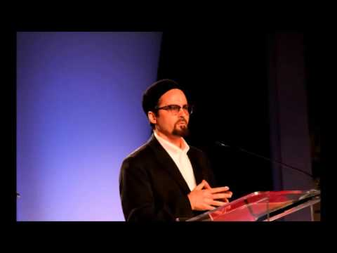 The Western World are Scared of Islam Revivalism - Shaykh Hamza Yusuf