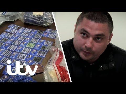 A Gang's 11,000 Victims of ATM Card Skimming  | Fraud: How They Steal Your Bank Account | ITV