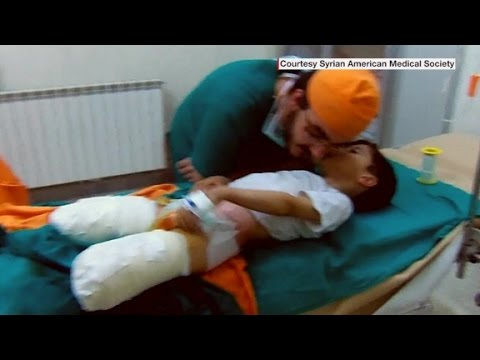 Doctors risking their lives to save Syrians