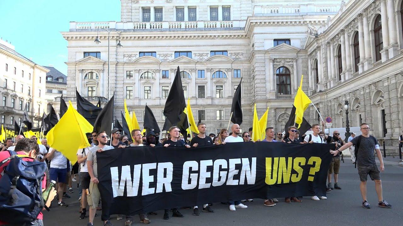 """Die Identitäre Bewegung und ihre """"Demonstration gegen das Symbolgesetz"""" am 31. Juli 2021 in Wien"""