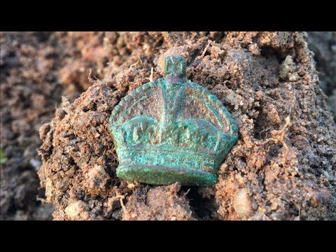 Extreme Metal Detecting Hunt Old Military Site WWI Major Generals Imperial Crown Badge Relics Found