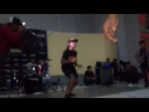 GEGER OTAK - Anarki di Bumi Pertiwi & Lawan (cover Black Elvis) At Palopo Bersatu