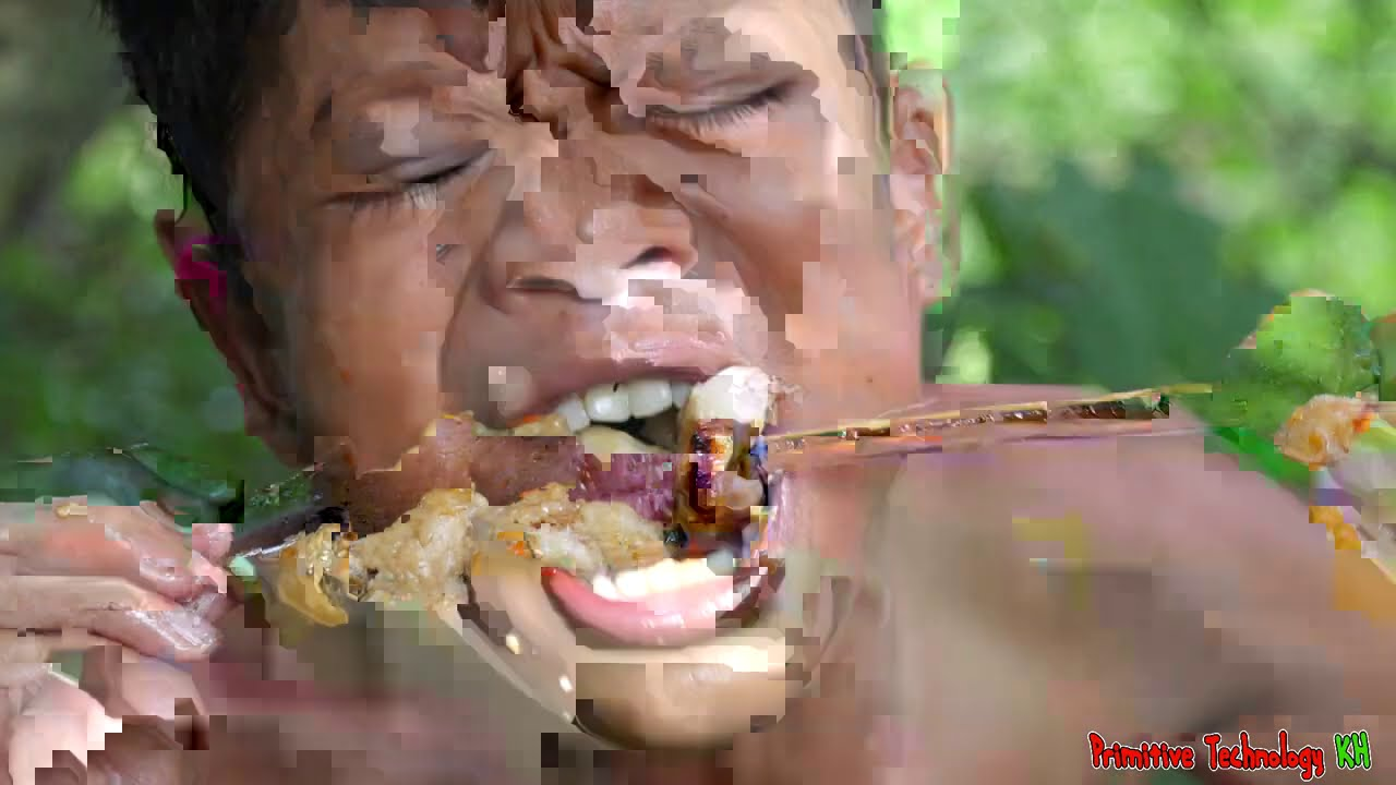 Primitive Technology - Eating Delicious In Jungle - Cooking Chicken Buttocks Recipe On The Rock #174