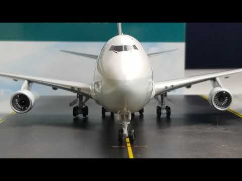 JC Wings 200 Cathay Pacific B747-400ERF(New Livery)Review FHD(Full High Definition)