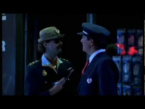 Walter og Carlo i Amerika 1989 Politi