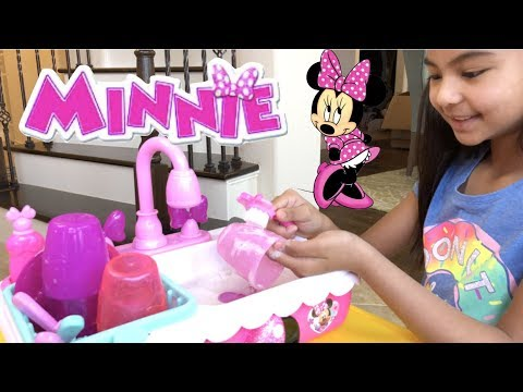 Disney Minnie's Happy Helpers Magic Sink + Backpack Picnic Set Pretend Play | Toys Academy