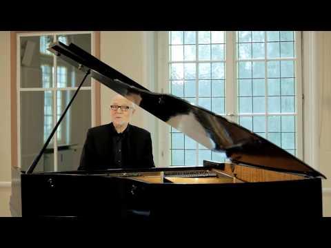 Siegfried Fietz singt 'Von guten Mächten wunderbar geborgen'