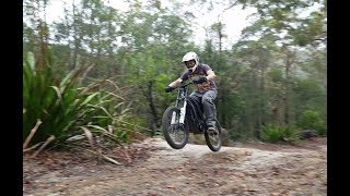 Surron Firefly / Lightbee offroad action