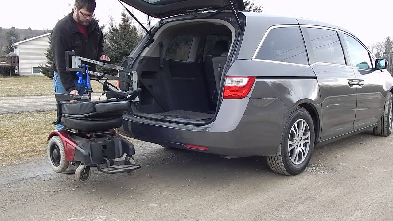 Lifted Honda Odyssey >> Honda Odyssey 2011 To Present Multi Lift Wheelchair Adapter Putting