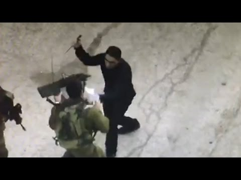 Palestinian terrorist shot dead while attacking Israeli soldiers, Hebron, September 17 2016 thumbnail