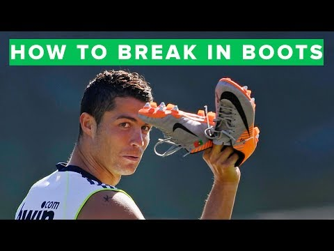 HOW TO BREAK IN FOOTBALL BOOTS LIKE A PRO