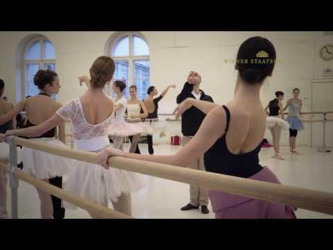 Trailer Ballet-Hommage (Vienna State Ballet)