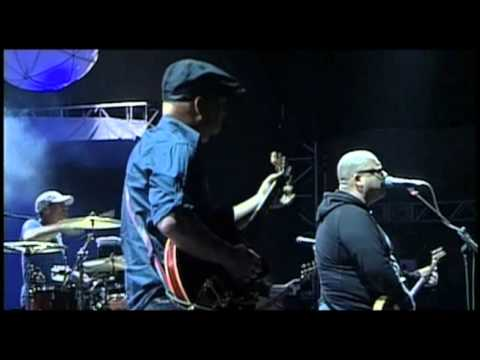Pixies - HERE COMES YOUR MAN (Live SWU Music and Arts Festival, Brazil 2010)