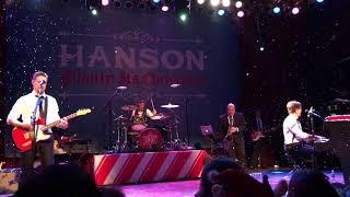 "Hanson singing Blue Christmas"" at HOB Chicago on 12.03.17"