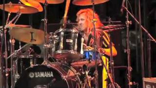 Stryper Live in Jakarta [To Hell with the Devil/Soldiers Under Command] 2010