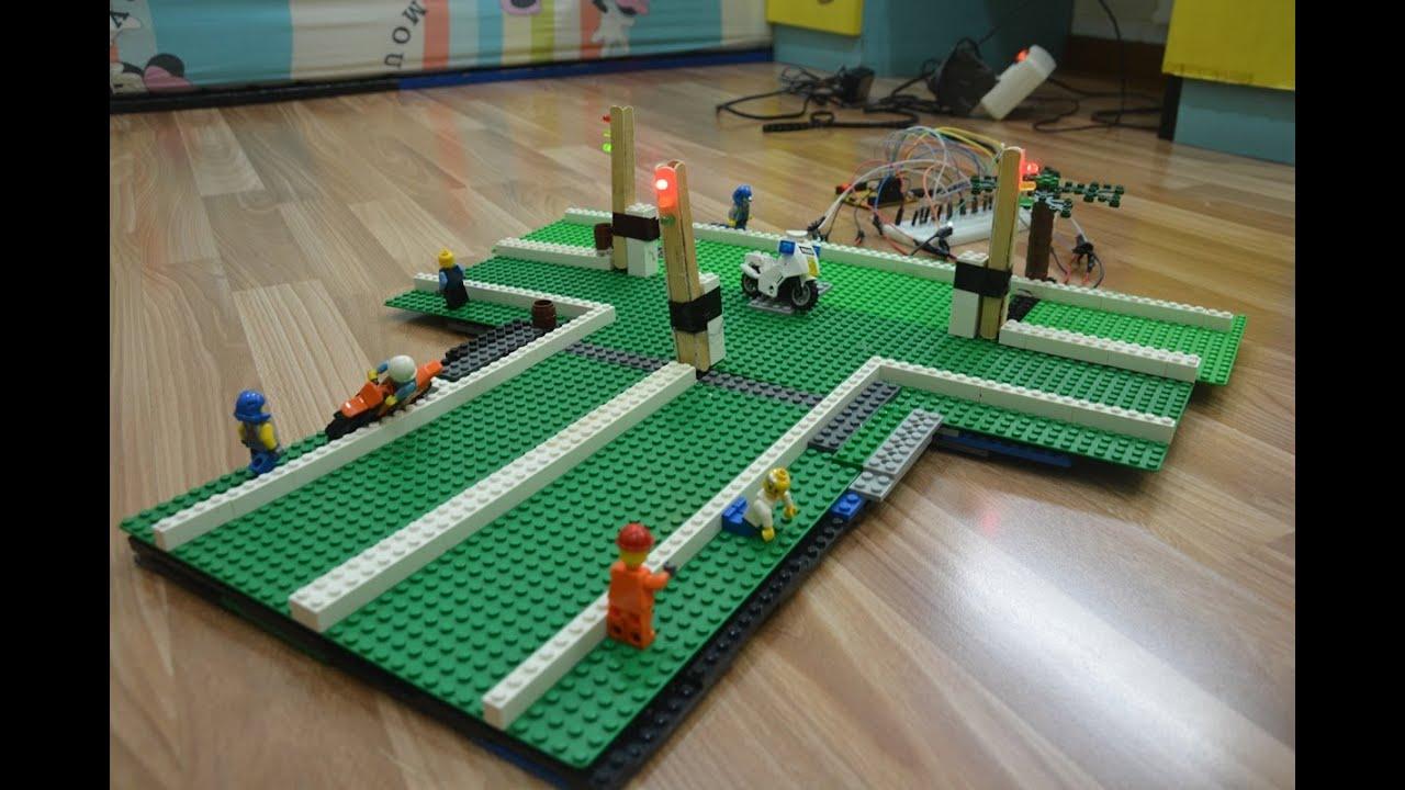 Lego arduino traffic light bsd simulation