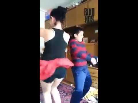 رقص الفتاة جزائرية thumbnail