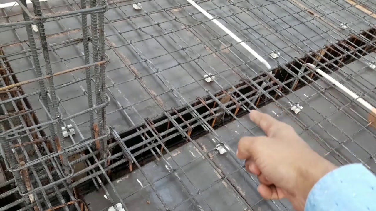Design of reinforcement for top main and extra bar cutting for beam
