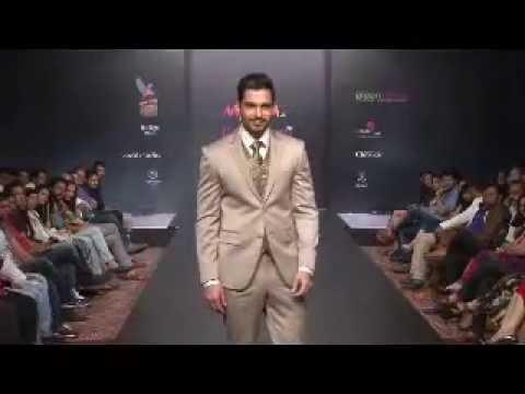 Designer Aslam Khan at Myntra.com Bangalore Fashion Week 11th Edition