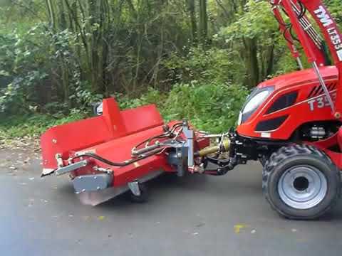 коммунальны трактор Tym T353