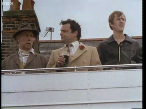 Del's dream for T.I.T. - Only Fools and Horses - BBC