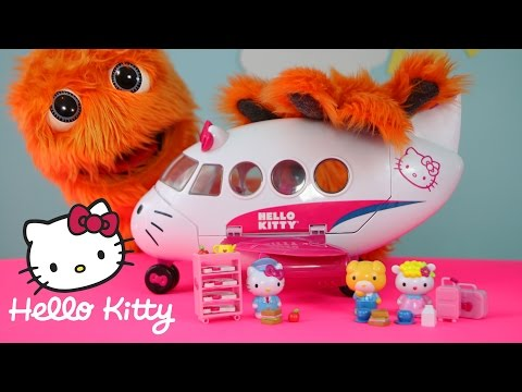 Hello Kitty Airlines Playset Cartoon Airplane Toys Review // Fuzzy Puppet
