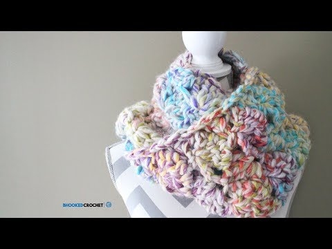 Easy Crochet Scarf – Snuggle Up Scarf Pattern by Red Heart