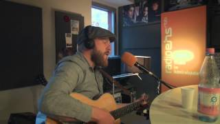"Alex Clare   ""War rages on""   solo acoustic  @ radioeins"
