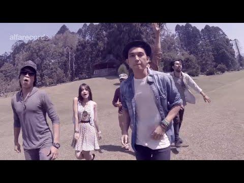 Lyla - Jangan Bimbang Walau Galau (Official Music Video)