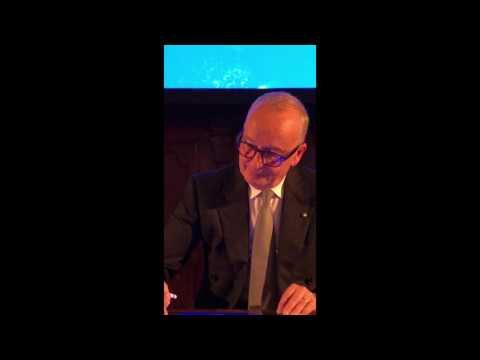 Walter de Silva:  «Disegno in digitale, con la mia mano analogica»