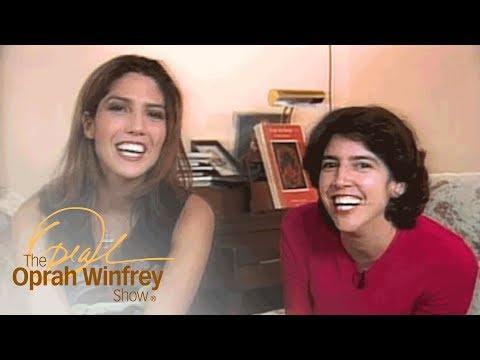 """J.Lo's Sisters Open Up About Their Famous """"Goofball"""" Sister 