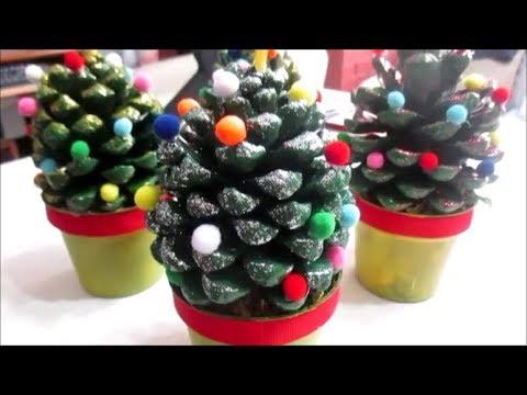 Il portacandele con le pigne. Diy Alberelli Di Natale Con Le Pigne Youtube