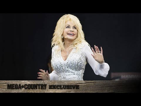 Dolly Parton Keeps It 'Pure & Simple' In This Exclusive Interview!