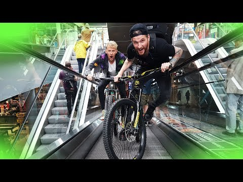 BATTLE AGAINST Peter McKinnon - Mall MTB Race