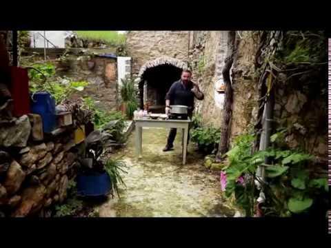 Γιουβέτσι με κριθαράκι ορφανό - YouTube 8d5700e6e4b