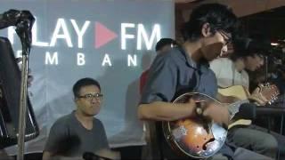 Download SEMAKBELUKAR - Lebah(live) MP3 song and Music Video