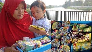 Drama Ibu dan Balita Penjual Es Krim Nyam Nyam dan Permen Lo...