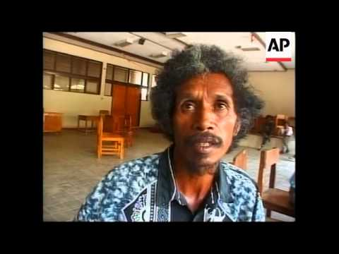 EAST TIMOR: CITIZENS ORGANISING SELF DEFENCE PATROLS