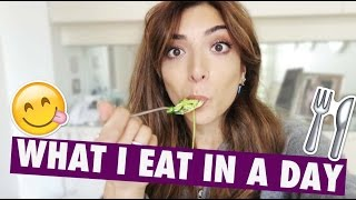 UNEDITED: WHAT I EAT IN A DAY | Amelia Liana