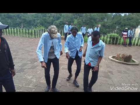 Oddi dance challenge....nyahee bee