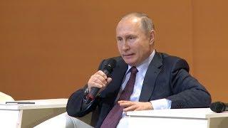 """Путин в """"Путинграде"""" с рабочими за рабочих. Real video"""