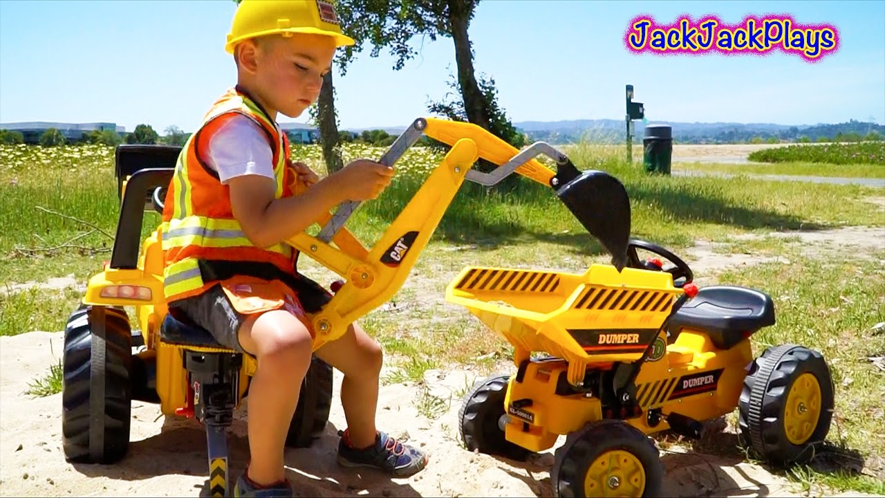 Digging Toys For Boys : Backhoe ride on tractor digging pedal dumper kid