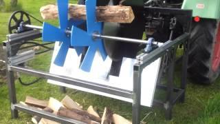 Repeat youtube video Brennholz Doppelsäge Erster Testlauf
