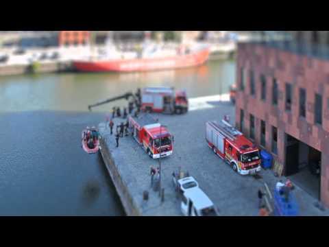 "Corporate film ""The city's fire service"""