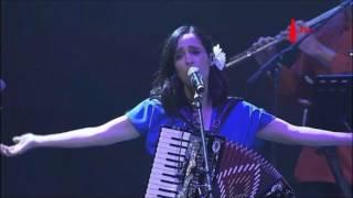 Julieta Venegas - Buenas noches desolación (Vive Latino 2017)