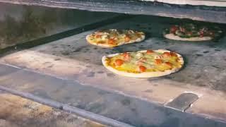 ピザが焼き上がる様子【ヨダレ覚悟】