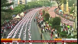 Video Poco-poco line dance world record attempt (Indonesia) - BBC News - 6th August 2018 download MP3, 3GP, MP4, WEBM, AVI, FLV September 2018