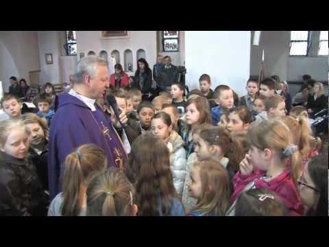 """2012 - Willesden """"Poświęcenie krzyży"""" - Pierwsza Komunia Święta"""