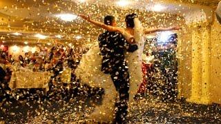 Золотой салют на свадьбе